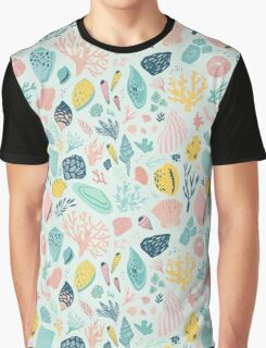 Colourful happy pattern for sea lovers! Graphic T-Shirt