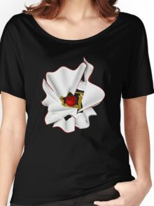 White abstrct flower Women's Relaxed Fit T-Shirt