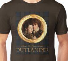 Jamie & Claire on Fraser plaid Unisex T-Shirt