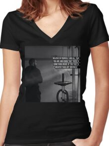 Believe In Yourself And All That You Are Women's Fitted V-Neck T-Shirt