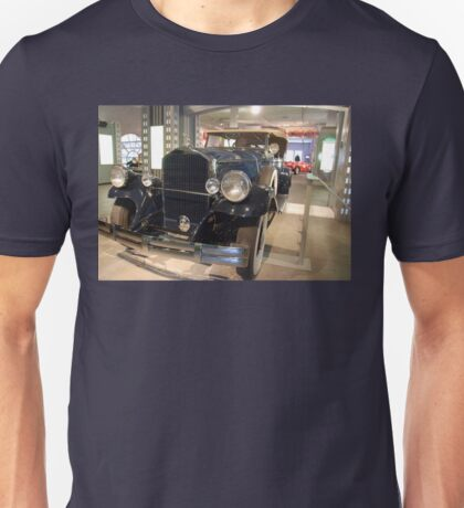 The art of the car: 1931 Pierce Arrow Unisex T-Shirt