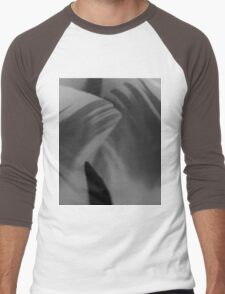 Tulip In BW Men's Baseball ¾ T-Shirt
