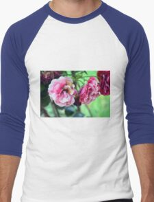 Beautiful delicate pink roses on green leaves background. Men's Baseball ¾ T-Shirt