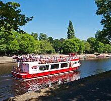 Pleasure Boat by John (Mike)  Dobson