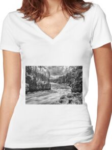 Yellowstone River Women's Fitted V-Neck T-Shirt