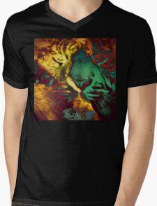 Tiger_8618 Mens V-Neck T-Shirt