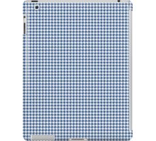 Classic Houndstooth in Delphinium Blue and White iPad Case/Skin