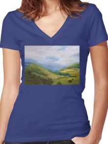 Misty morning Liverpool Range  NSW Women's Fitted V-Neck T-Shirt