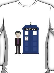 9th doctor and tardis T-Shirt