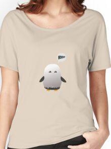 halloween penguin Women's Relaxed Fit T-Shirt