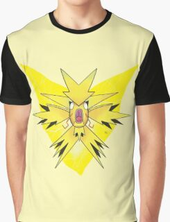 Team Instinctkarp Graphic T-Shirt