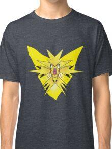 Team Instinctkarp Classic T-Shirt