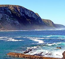 Spray on Tsitsikamma Coast by Graeme  Hyde