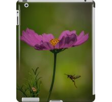 A wasp in the cosmos iPad Case/Skin