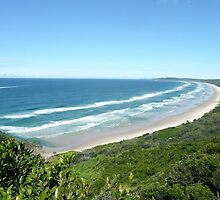 Tallow Beach, New South Wales, Australia by Margaret  Hyde