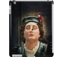 A ships figurehead of Elisabeth Fry with a real fly on her nose iPad Case/Skin