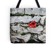 Tower of London Poppy artists exhibition... Tote Bag