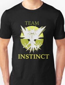 TEAM Instinct! PKMNGO Unisex T-Shirt