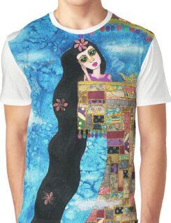 Rapunzels Moon Graphic T-Shirt