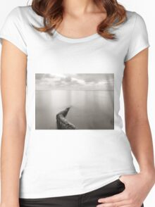 Long exposure seascape with fallen palm tree Women's Fitted Scoop T-Shirt