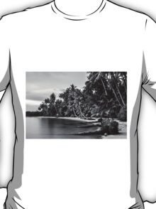 Beautiful tropical beach in Thailand with long exposure effect T-Shirt