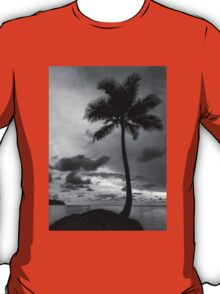 Palm tree silhouette in black and white T-Shirt