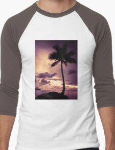 Palm tree with Retro summer filter effect Men's Baseball ¾ T-Shirt