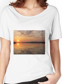 Lake Kununurra, sunrise Women's Relaxed Fit T-Shirt