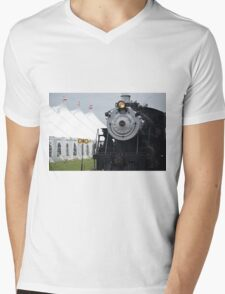 Beautiful Steam Engine Train  Mens V-Neck T-Shirt