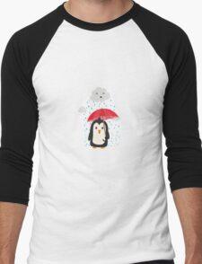 Penguin in the rain   Men's Baseball ¾ T-Shirt