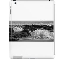 Black and White Sunset Waves over the Jetty                    0743 iPad Case/Skin