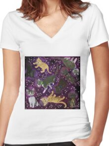 Space Kittens Women's Fitted V-Neck T-Shirt