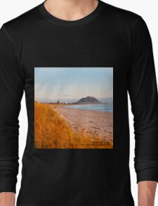 Mount Maunganui beach scene for covers, smartphone cases  Long Sleeve T-Shirt