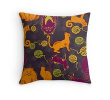 Pattern with cats and yarns Throw Pillow