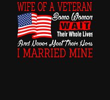 Wife Of A US Veteran Womens Fitted T-Shirt