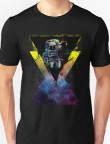BLACK HOLE TRIANGLE IN SPACE Unisex T-Shirt