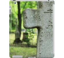 cross gravestone iPad Case/Skin