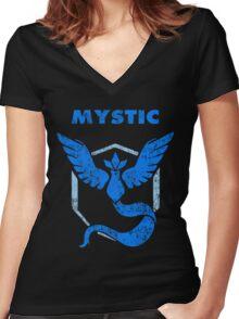 Team Mystic - vintage Women's Fitted V-Neck T-Shirt