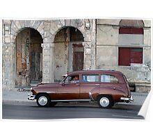 Old American car in La Habana, Cuba Poster