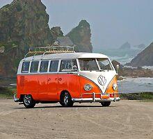 Volkswagon 'Surfer' Bus by DaveKoontz