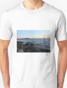 Island life to the max T-Shirt