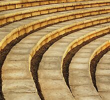 'Talons' (amphitheater abstract) by Laurie Minor