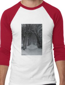 Winter Scene in Montreal Men's Baseball ¾ T-Shirt