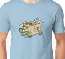 Kitten in a Tortoise box Unisex T-Shirt