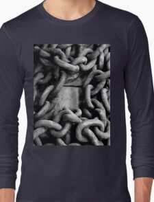 A frame of chain Long Sleeve T-Shirt