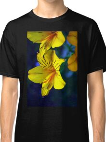 Yellow flower Classic T-Shirt