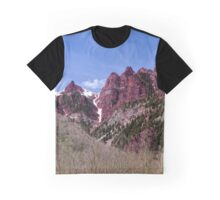 The red in Maroon Bells Graphic T-Shirt