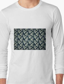 Blue and white leaf pattern Long Sleeve T-Shirt