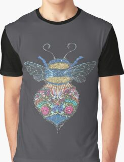 Bee Totem Graphic T-Shirt