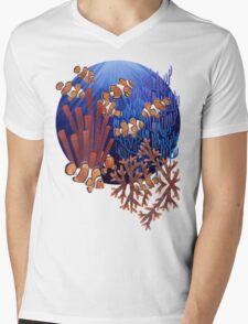 Clown fish tank Mens V-Neck T-Shirt